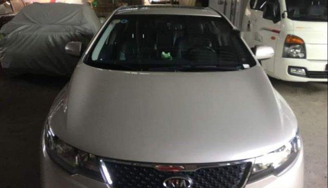 Bán xe Kia Forte 2012, màu bạc số sàn, giá chỉ 345 triệu