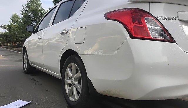 Bán Nissan Sunny năm sản xuất 2014, màu trắng