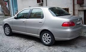 Cần bán Fiat Albea năm sản xuất 2004, màu bạc, xe nhập