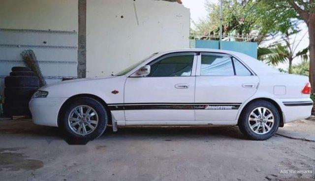 Cần bán lại xe Mazda 626 năm sản xuất 2001, màu trắng, giá chỉ 170 triệu
