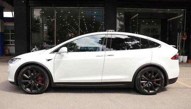 Bán Tesla X P100D đời 2018, màu trắng, nhập khẩu