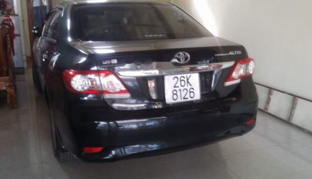 Bán Toyota Corolla altis năm sản xuất 2010, màu đen, số sàn