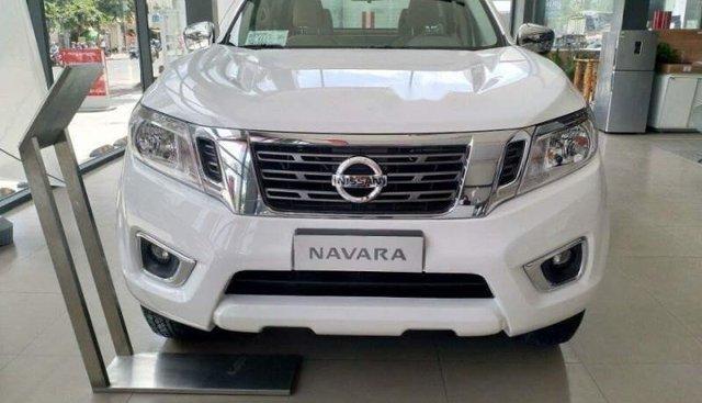 Bán xe Nissan Navara năm 2018, màu trắng, nhập khẩu nguyên chiếc