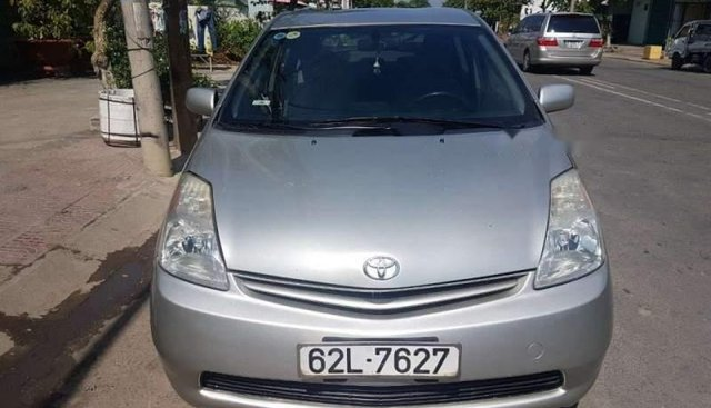 Bán ô tô Toyota Prius 2003, màu bạc, nhập khẩu nguyên chiếc xe gia đình, giá chỉ 395 triệu