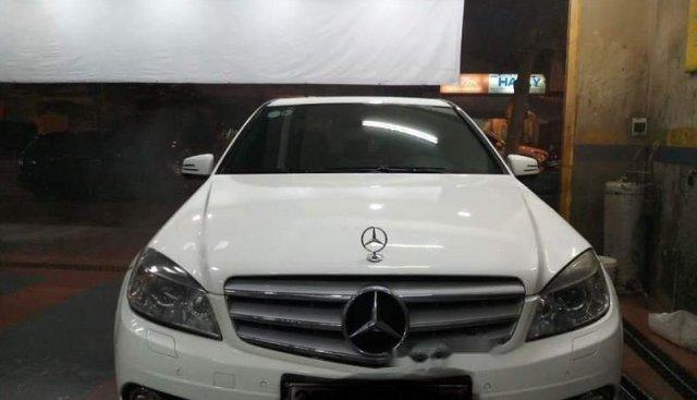 Cần bán lại xe Mercedes C300 AMG đời 2011, màu trắng, nhập khẩu nguyên chiếc