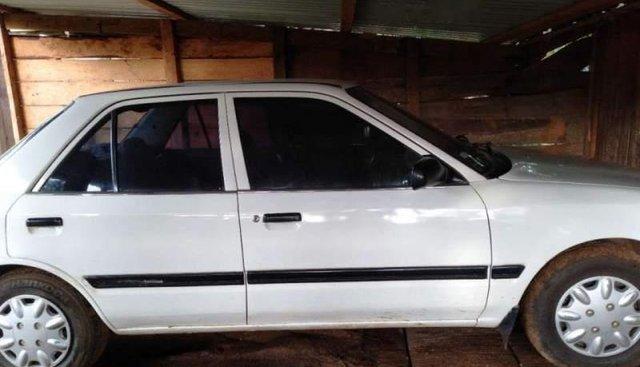 Bán Mazda 323F năm sản xuất 1994, màu trắng, nhập khẩu