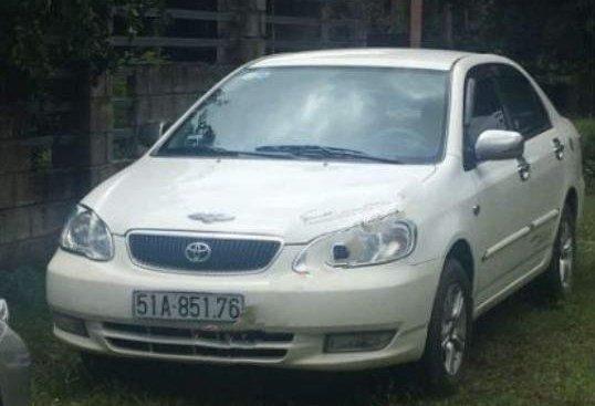 Cần bán Toyota Corolla altis 1.8G MT năm 2002, màu trắng, xe gia đình