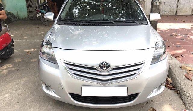 Bán Toyota Vios 1.5 E sản xuất năm 2013, màu bạc, xe cực đẹp