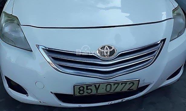 Bán Toyota Vios sản xuất 2009, màu trắng