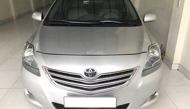 Bán Toyota Vios 1.5E đời 2013, màu bạc, hàng tuyển