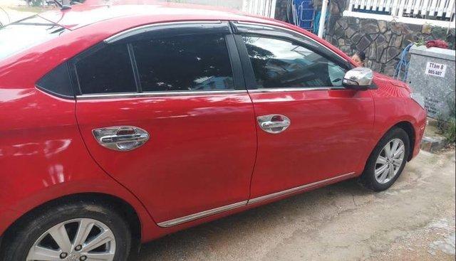 Gia đình bán ô tô Toyota Vios đời 2015, màu đỏ