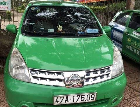 Cần bán Nissan Grand Livina năm 2011, xe đang hợp tác kinh doanh chạy taxi