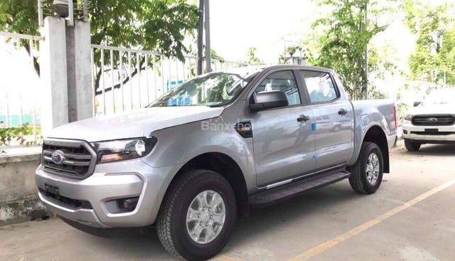 Bán Ford Ranger XLS 2.2 MT phiên bản 2019, màu bạc, nhập khẩu, giá tốt nhất, hỗ trợ trả góp - LH: 0907782222
