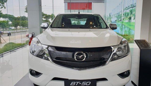 Bán Mazda BT-50 nhiều ưu đãi khủng tháng 8