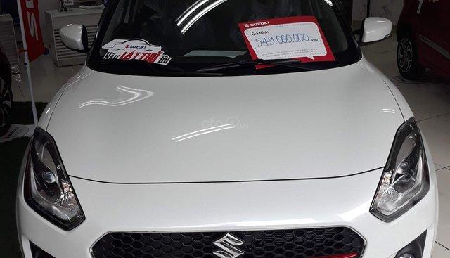 Bán Suzuki Swift GLX, màu trắng, giao ngay chỉ với 150 triệu