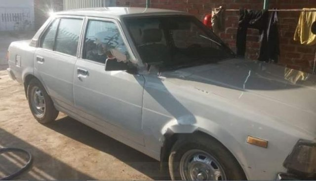 Bán Toyota Carina 1.5 MT năm sản xuất 1989 giá cạnh tranh