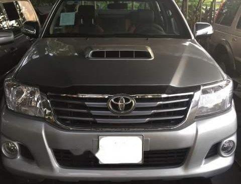 Bán ô tô Toyota Hilux sản xuất năm 2012, màu bạc, 485 triệu