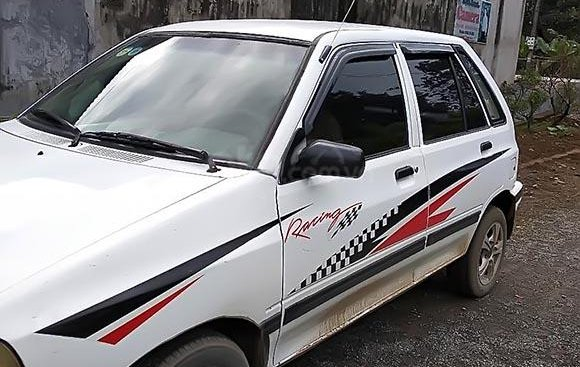 Cần bán xe Kia CD5 năm 2003, màu trắng, xe thân vỏ đẹp