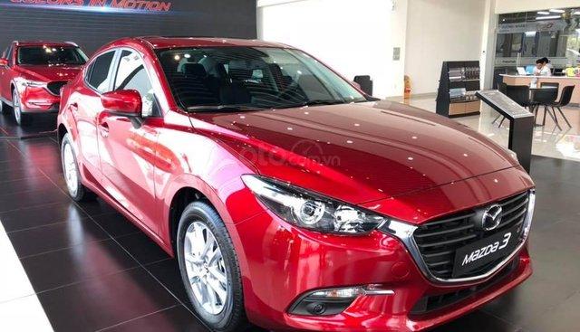 Bán Mazda 3 ưu đãi khủng, giao xe ngay, hỗ trợ trả góp 80%, lãi suất thấp, LH 0973560137