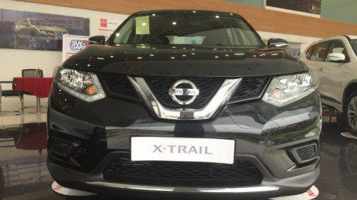 Bán xe Nissan X trail 2.0 AT sản xuất 2018, màu đen