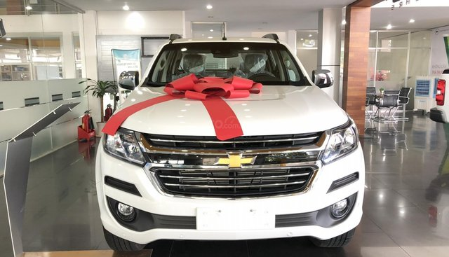 Bán Chevrolet Colorado nhập khẩu, có bán trả góp, khuyến mãi tiền mặt 50 triệu