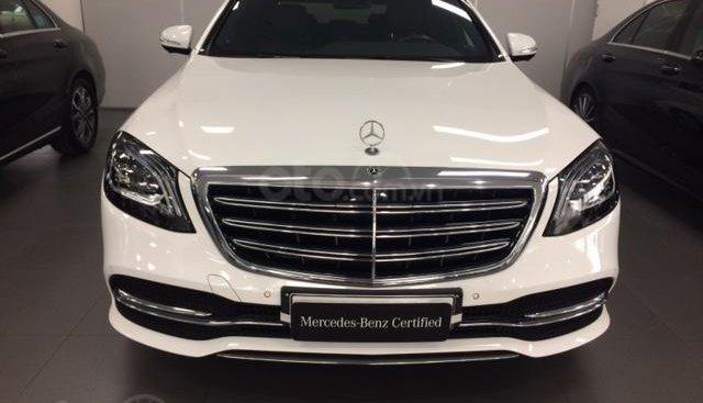 Bán xe Mercedes-Benz S450L, 2018, màu trắng, 3.800 km, 2% thuế trước bạ
