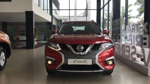 Bán xe Nissan X trail 2.5 AT sản xuất 2019, màu đỏ, xe nhập