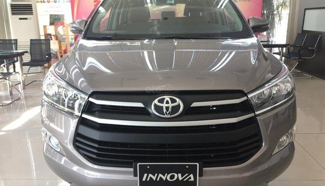 Toyota An Sương - INNOVA 2.0 E 2019 giá lăn bánh đẹp / Tặng Bảo Hiểm Vật Chất Thân Xe.