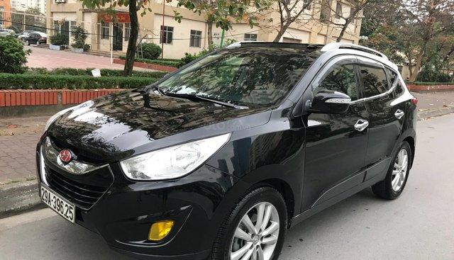 Cần bán Hyundai Tucson 2.0AT năm sản xuất 2011, màu đen, nhập khẩu