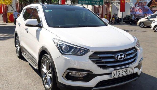 Hyundai Santa Fe CRDi model 2017, màu trắng, nhập khẩu còn mới toanh, full option loại cao cấp nhất, 1tỷ 65tr