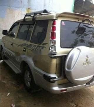 Cần bán Mitsubishi Jolie đời 2004, màu vàng, nhập khẩu xe gia đình giá cạnh tranh