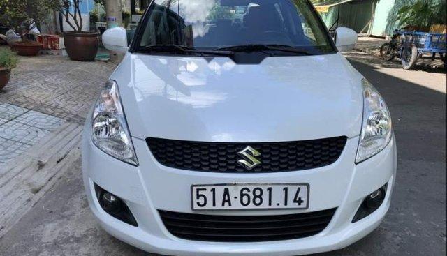 Cần bán lại xe Suzuki Swift năm sản xuất 2013, màu trắng, nhập khẩu nguyên chiếc như mới