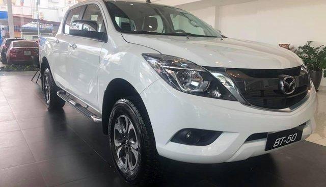 Bán tải Mazda BT-50 3.2 4WD giá tốt nhất Hà Nội - Hỗ trợ trả góp - Hotline: 0973560137
