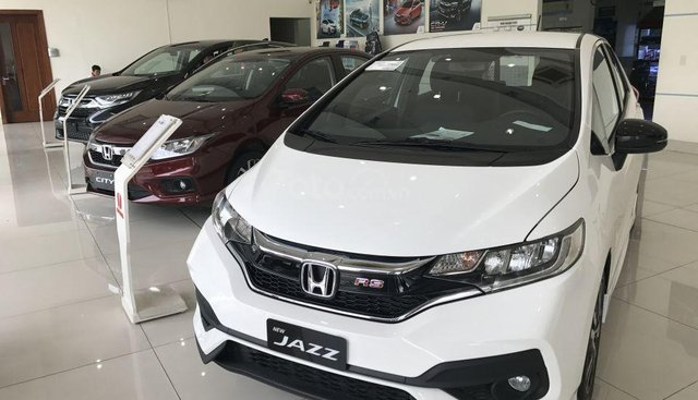 Honda Jazz 1.5 RS nhập khẩu nguyên chiếc, giao ngay, khuyến mại khủng 0833578866