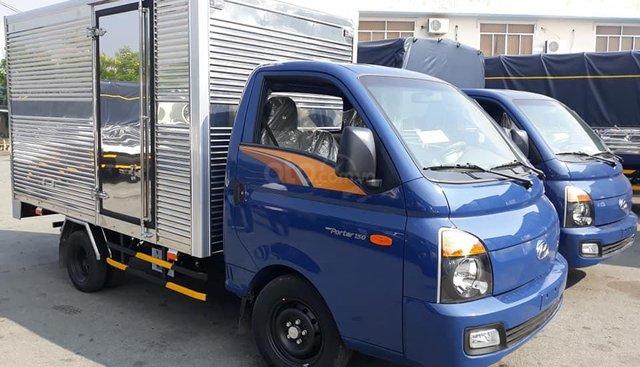 Cần bán xe Hyundai Porter 1.5 tấn năm 2018, màu xanh lam, xe nhập