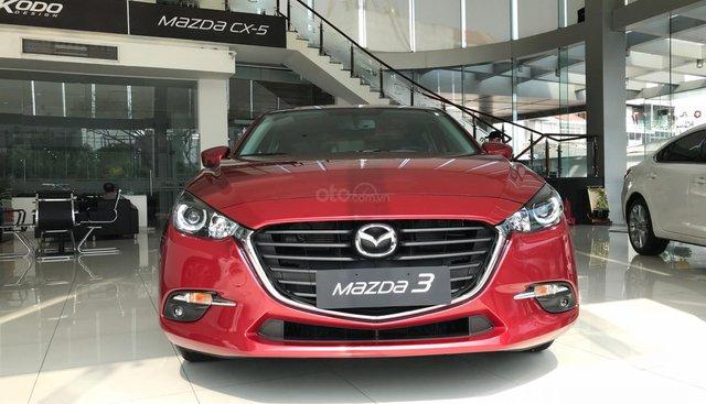 Mazda 3 1.5 HB sản xuất 2019, màu đỏ, trả trước 230tr nhận xe ngay