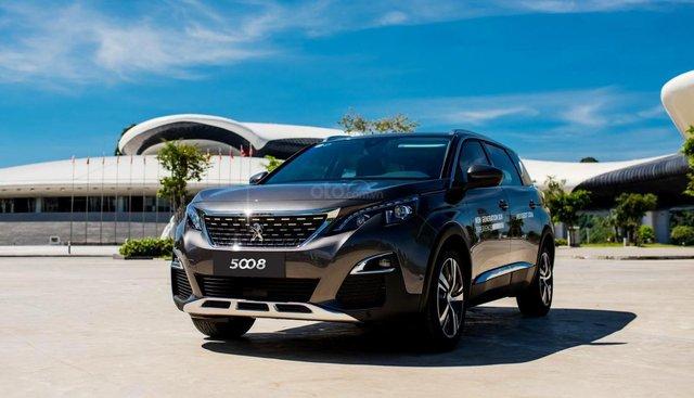 Peugeot 5008 xe giao ngay - đủ màu - nhiều ưu đãi khuyến mãi khủng, giá sốc, bảo dưỡng 3 năm miễn phí