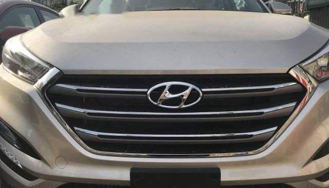 Bán xe Hyundai Tucson 2.0AT sản xuất 2019, hỗ trợ trả góp qua ngân hàng đến 80%