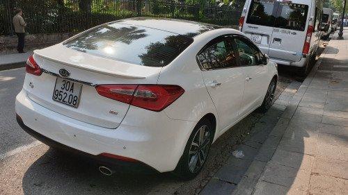 Bán xe Kia K3 1.6 AT 2016, màu trắng chính chủ, 545 triệu
