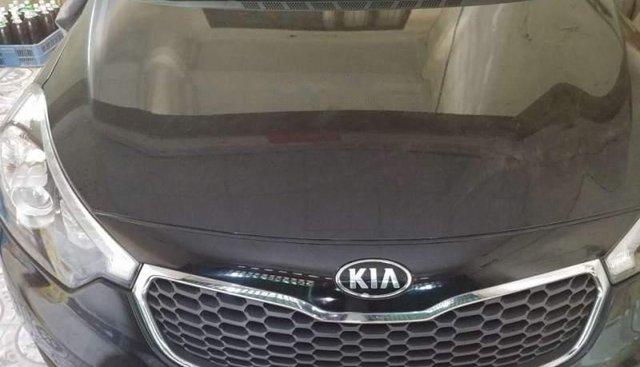 Cần bán gấp Kia K3 năm sản xuất 2015, màu đen