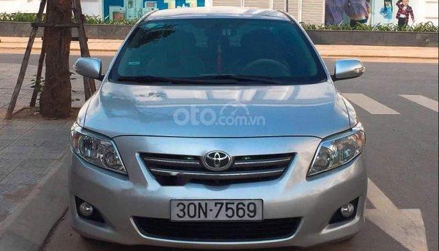 Chính chủ bán xe Toyota Corolla Altis đời 2009, màu bạc