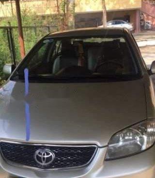 Cần bán gấp Toyota Vios G năm sản xuất 2003, màu bạc