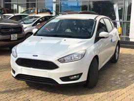 Tặng: Tiền mặt, BHVC xe, phim, camera hành trình, lót làn, khi khách hàng mua Ford Focus 2019, LH hotline: 091.888.9278
