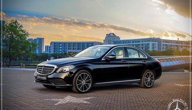 Mercedes-Benz C200 Exclusive Model 2019 - Hỗ trợ Bank 80% - Ưu đãi khuyến mãi tốt nhất - LH: 0919 528 520