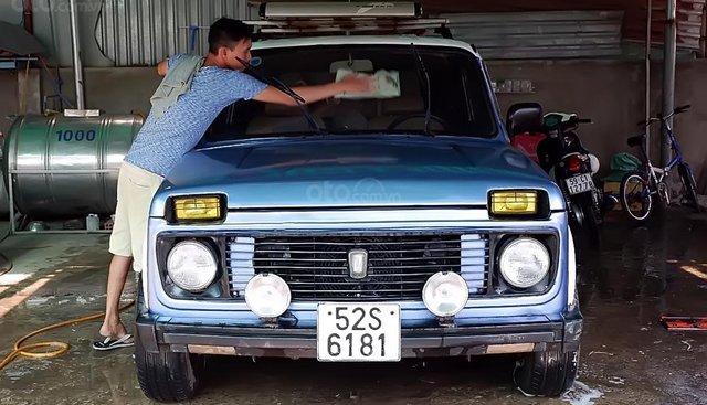 Bán ô tô Lada Niva1600 đời 1990, màu xanh lam, xe nhập chính chủ, giá chỉ 65 triệu