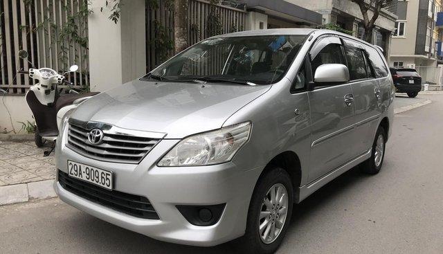 Bán ô tô Toyota Innova MT đời 2013, màu bạc
