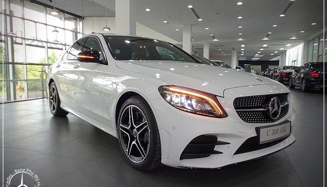 Mercedes-Benz C300 AMG model 2019 - Hỗ trợ Bank 80% - KM đặc biệt - Xe đủ màu giao ngay - LH: 0919 528 520