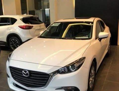 Cần bán xe Mazda 3 1.5AT đời 2019, màu trắng
