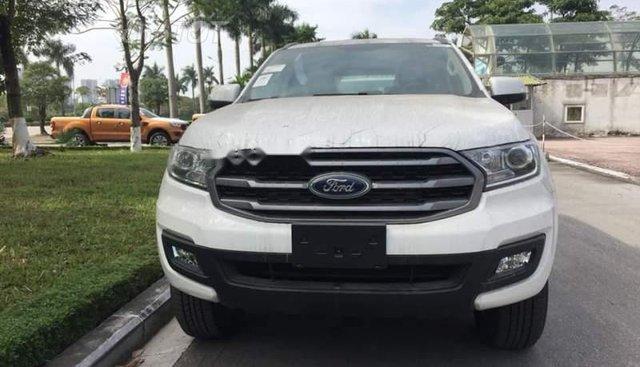 Bán Ford Everest đời 2019, màu trắng, xe nhập