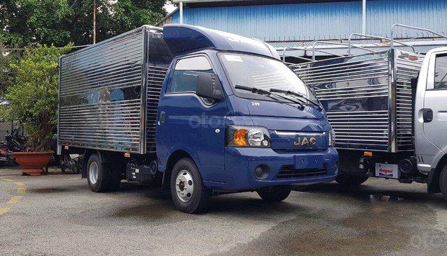 Xe tải JAC X5 tải 990Kg | 1.25 tấn | 1.5 tấn, cabin Porter, máy dầu 6/100km, thùng dài 3.2 mét